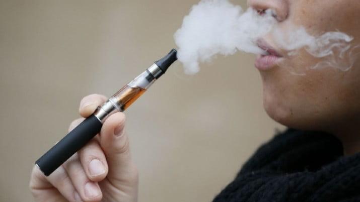 Lo bueno y lo malo de fumar cigarrillos electrónicos