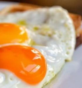 ¿Comer huevos es bueno o malo para la salud?