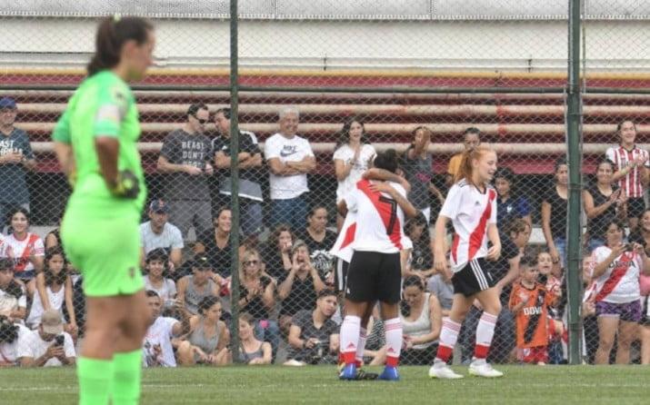 Ley de Profesionalización del Fútbol Femenino