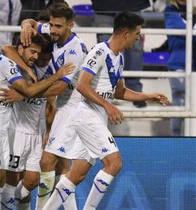 Vélez le ganó con comodidad a Lanús