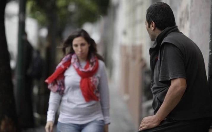 El acoso callejero fue incorporado como delito al Código Penal