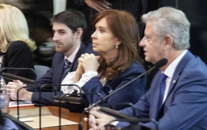 Terminó la primera puesta en escena del juicio oral contra Cristina