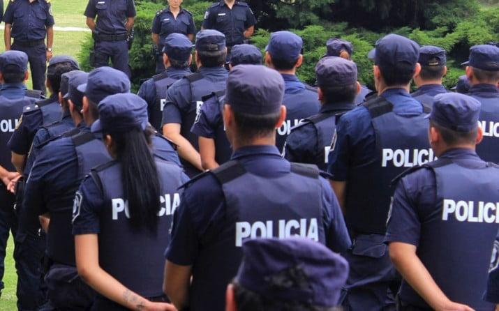 """Abuso de la policía en Bahía Blanca: """"Nos decían zurditos de mierda y putitos"""""""