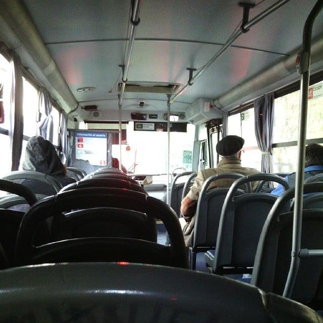 Cada vez menos gente viaja en transporte público