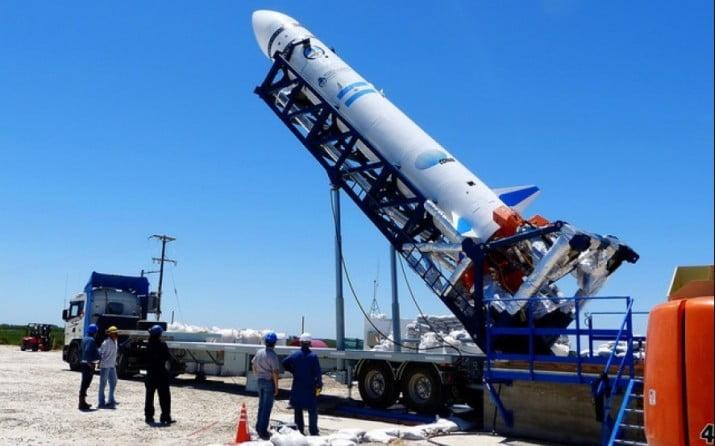 La UNLP lanza la primera carrera de Ingeniería Aeroespacial del país