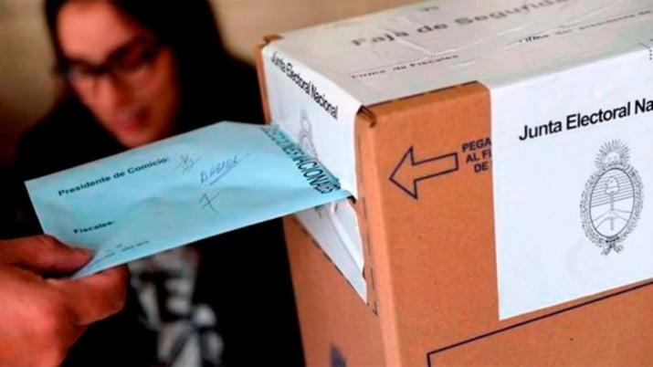 En Bahía Blanca votan más de 250.000 personas