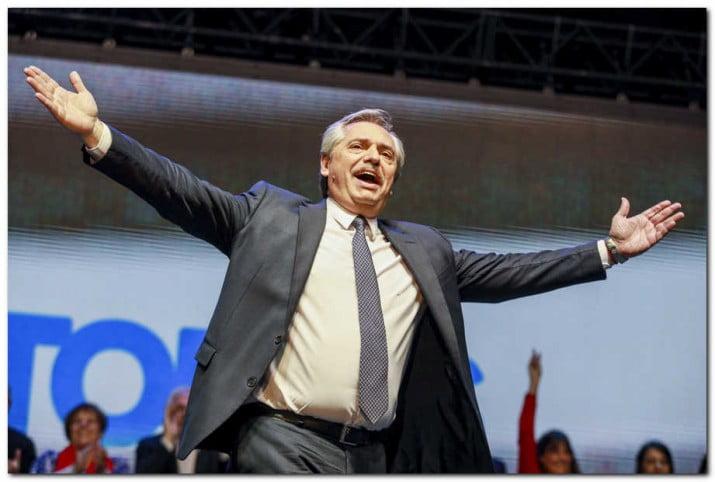 """Fernández: """"Macri no entendió el mensaje de la gente, que votó en contra de su política"""""""