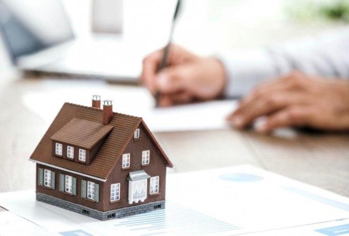 Deudores hipotecarios en alerta: piden congelar precio de UVA hasta diciembre