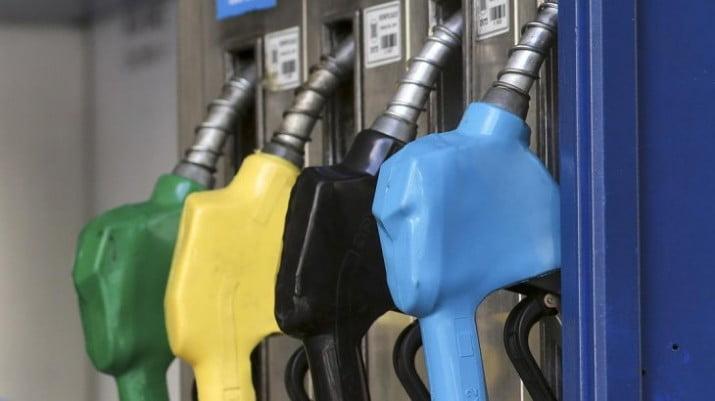 Fracasó el acuerdo con las petroleras y el Gobierno aplicará la Ley de Abastecimiento para congelar precios de naftas