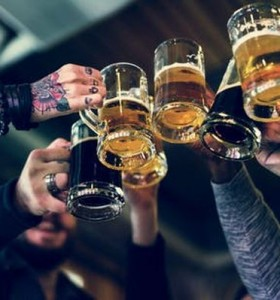Cómo puede impactar el consumo excesivo de alcohol en un cerebro joven