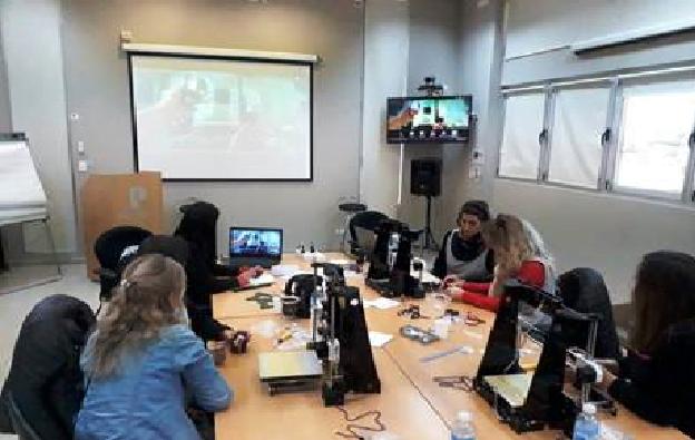 Profertil y APLA donación de equipos de robótica a escuelas de Ing.White
