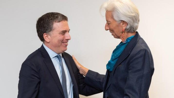 """El """"reperfilamiento"""" no alcanza para alejar el riesgo de default"""