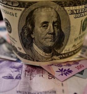 Dólares que se van, ¿nunca volverán?