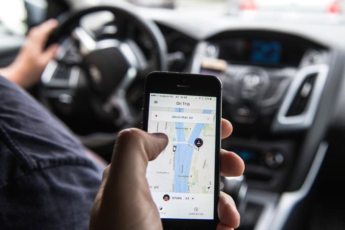 Primeros pasos de Uber hacia una suscripción mensual