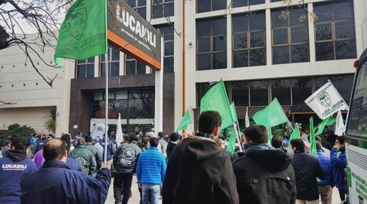 Decretan la quiebra de Lucaioli: tuvo 20 locales y empleaba a 600 trabajadores