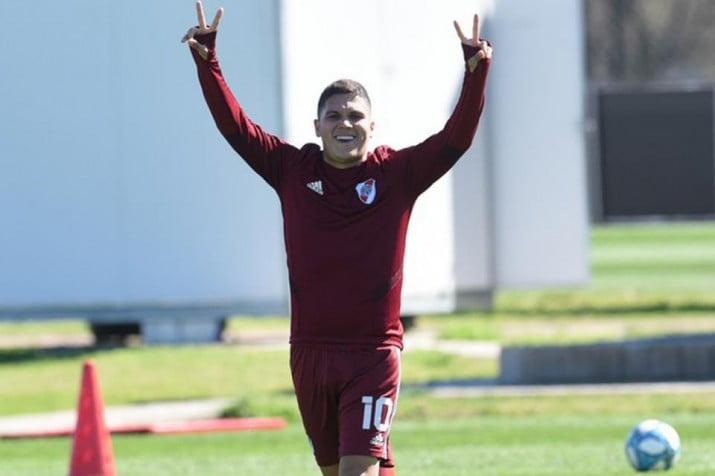 El colombiano Quintero podría volver a jugar en River Plate