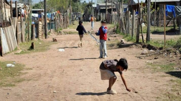 """Unicef reclamó """"pagar la deuda"""" con los 5 millones de niños pobres"""