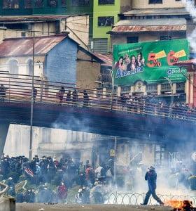Bolivia: crónica del golpe II. Con la Biblia y con las balas