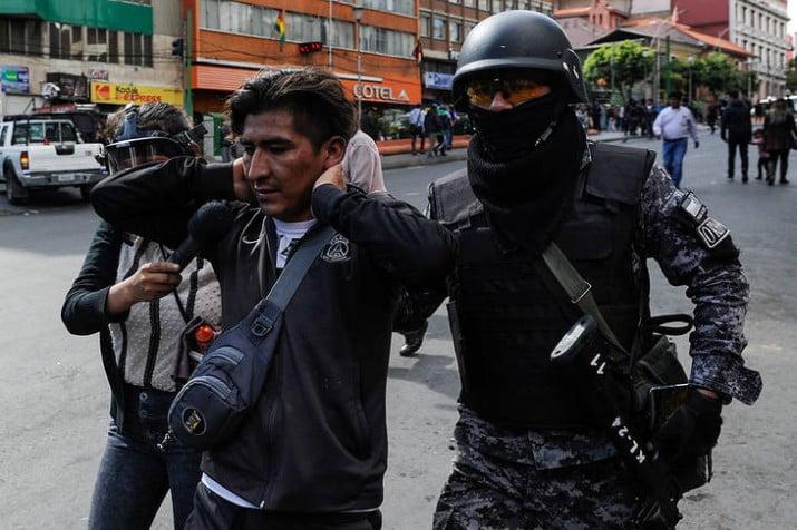Bolivia: sigue la cacería contra importantes funcionarios de Evo Morales