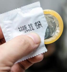 Hay 5800 contagios de VIH por año en el país, el 98% por no usar preservativo