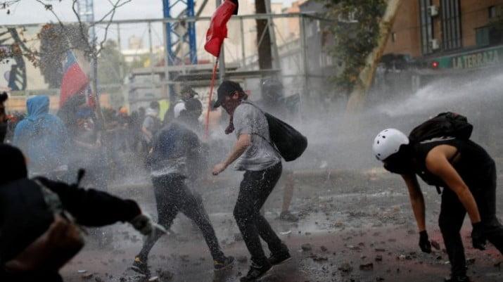 Chile: tercera semana de protestas en por nueva Constitución y la salida de Piñera