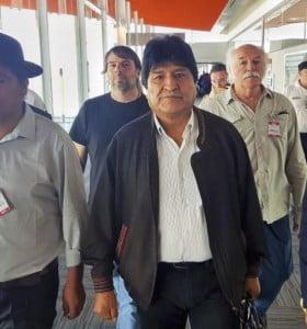Evo Morales llegó a la Argentina en condición de refugiado político