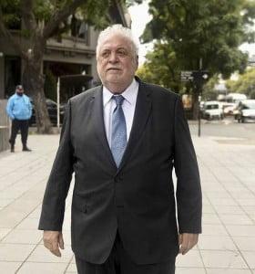 Ginés González García anunció que restituirá la actualización del protocolo ILE