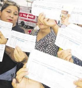 El gobierno de facto de Bolivia ya permite tarifazos de hasta 500% en la luz