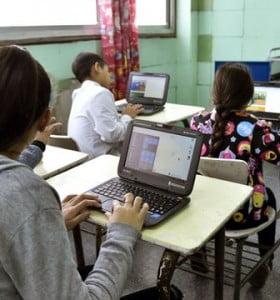El debate sobre Conectar Igualdad: insistir con netbooks o smartphones