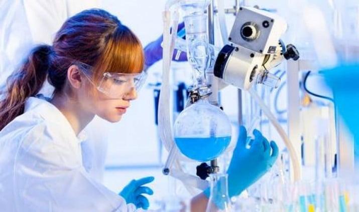 La ONU señaló que sólo 3 de cada 10 investigadores en ciencias son mujeres