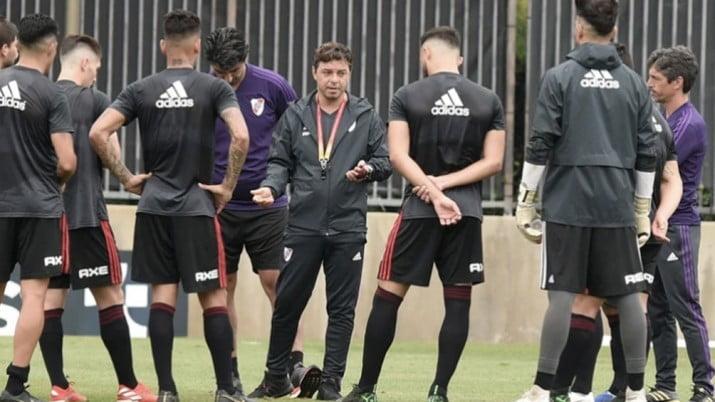 Gallardo tiene dudas sobre el equipo ante Banfield