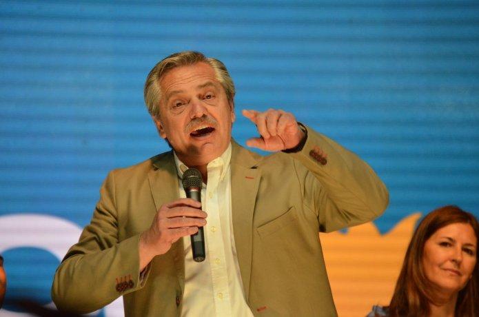 """""""El FMI ha faltado a sus obligaciones prestando dinero para financiar la fuga"""""""