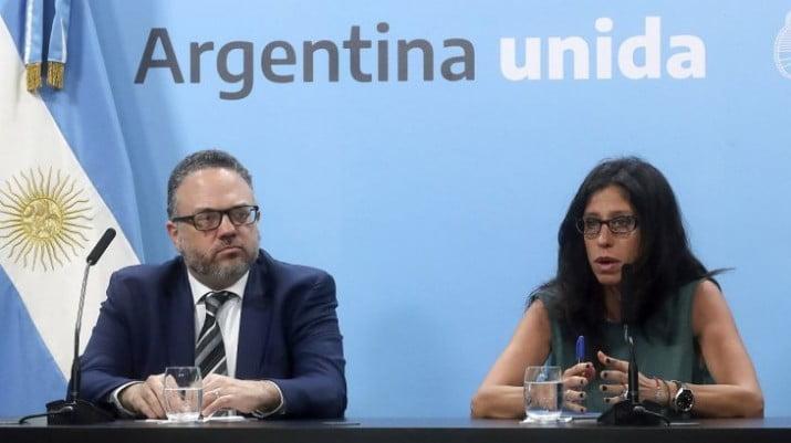 Gobierno le aseguró a la misión del FMI que descongelará tarifas