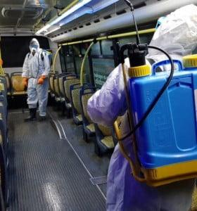 Desinfección y limitaciones del transporte público