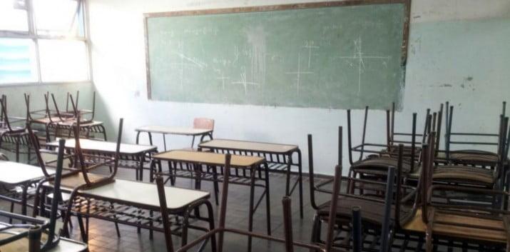 La vuelta a clases traerá polémica: gremios piden más maestros