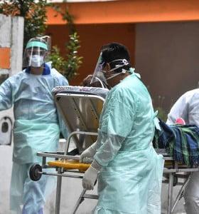 Otros 15 muertos y 552 nuevos contagios de Covid-19 en Argentina