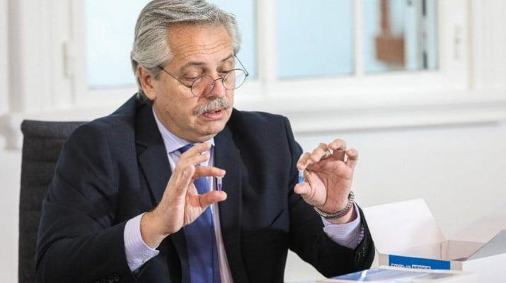 Alberto Fernández se reúne con expertos y el sábado anunciará que sigue la cuarentena