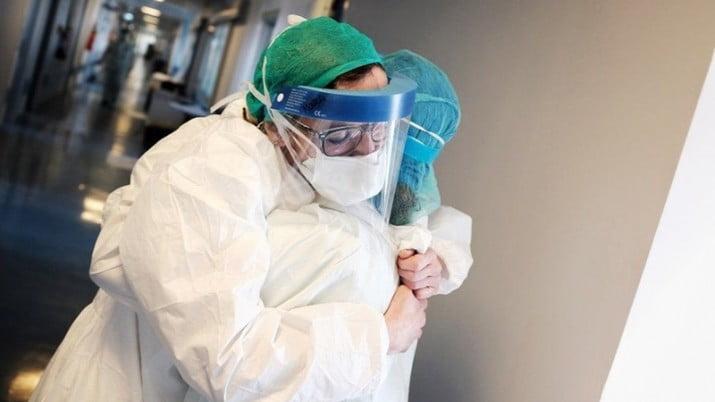 Coronavirus: ascienden a 656 los decesos y a 22.020 los infectados en el país