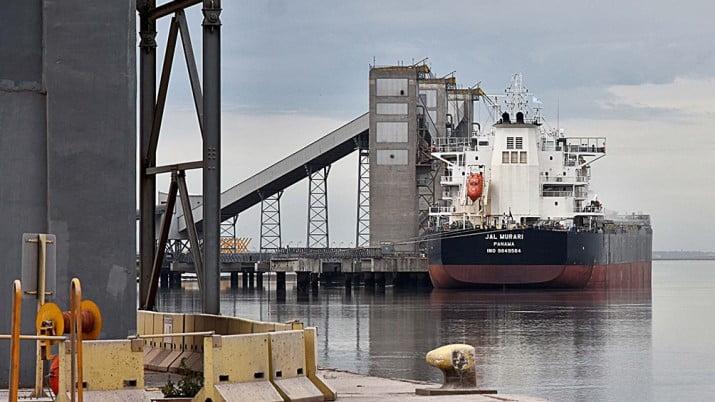 Confirman los primeros cuatro casos positivos en el puerto de Bahía Blanca
