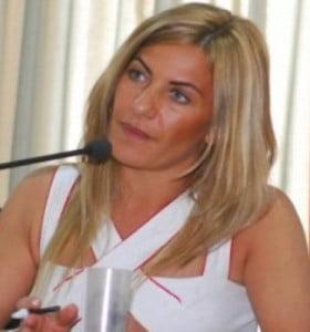 Scioli postulará a Nora de Lucía para la Dirección de Escuelas