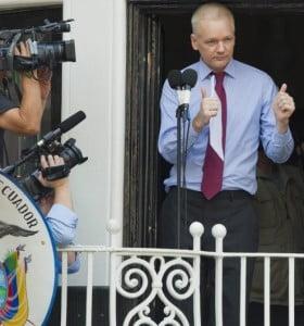 """Assange: """"Estados Unidos no debe seguir la caza de brujas contra WikiLeaks"""""""