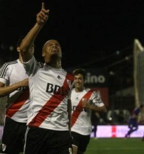 River derrotó a Tigre en Victoria por el torneo Inicial