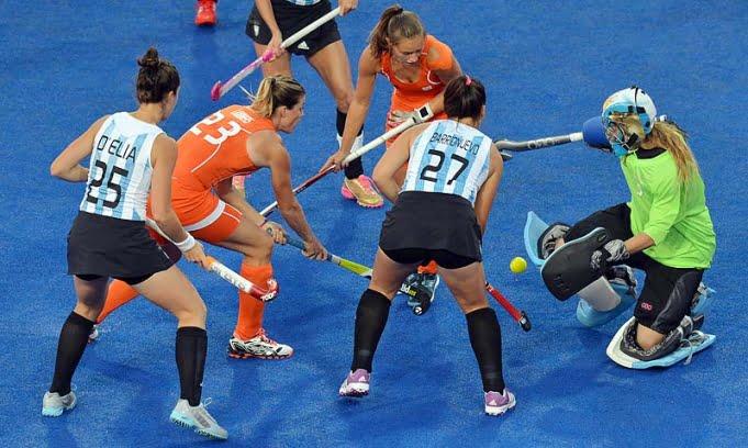 Las Leonas se quedaron con la medalla de plata luego de caer con Holanda en la final