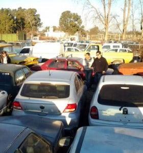 Se aprobó la ordenanza para descongestionar de autos los depósitos municipales