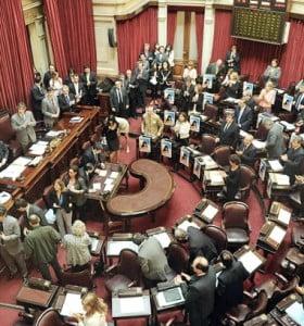 El Senado convirtió en ley la regulación del mercado de capitales