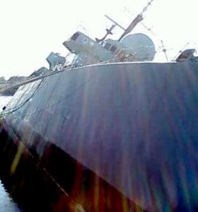 Puricelli visitó Puerto Belgrano para coordinar la investigación por el hundimiento del buque