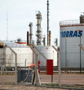 Petrobrás habría recibido la aprobación del certificado de aptitud ambiental que habilita su funcionamiento