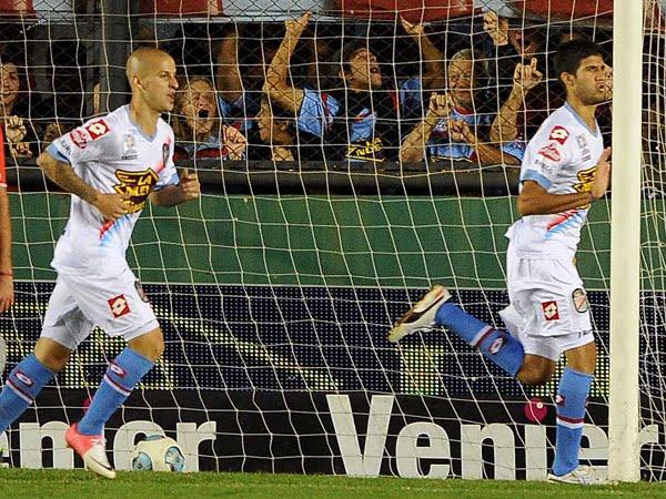 Arsenal enfrenta a Godoy Cruz por los cuartos de final de la Copa Argentina
