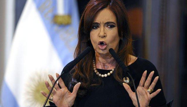 Cristina prepara propuestas para llevar al diálogo social