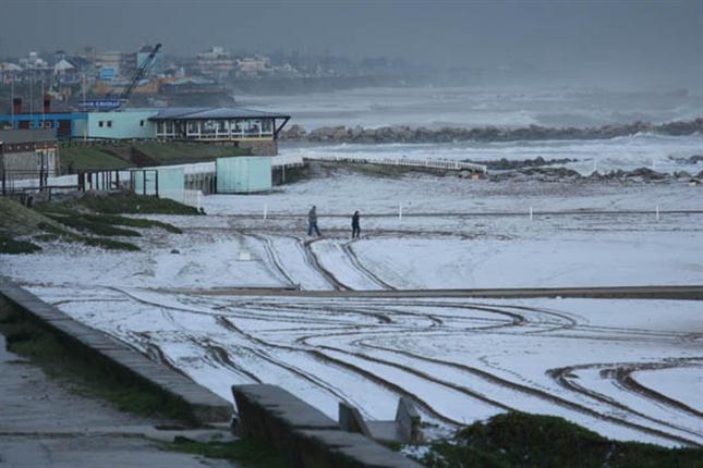 Mar del Plata amaneció con nieve